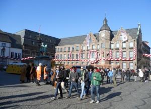 Das Rathaus in Düsseldorf freut sich auf den Karneval