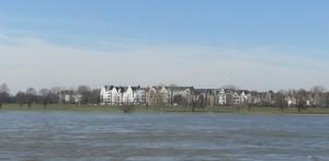Rheinhochwasser Düsseldorf