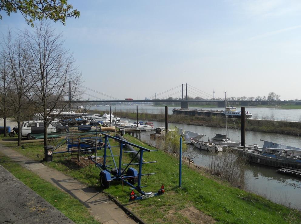 Motorboot Düsseldorf